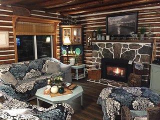 Majestic Muskoka Log Cabin BR1