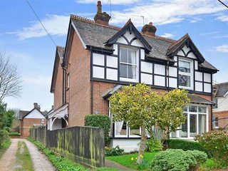 A delightful Victorian house in quiet location near to local beaches.