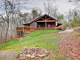 Exterior | Back Deck | Wood-Burning Fire Pit | Private Location