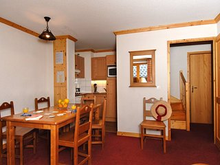 AMAZING Wooden Style Apartment with Balcony at the Foot of Mont-Blanc
