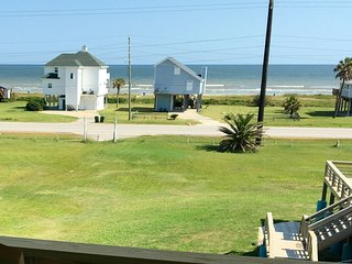 New 3bed 2bath Beach Home with Ocean and Bay Views