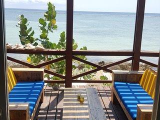 Savaneta Beach Chalet