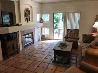 Southwestern Style Condo in West Sedona! Great Location! S033