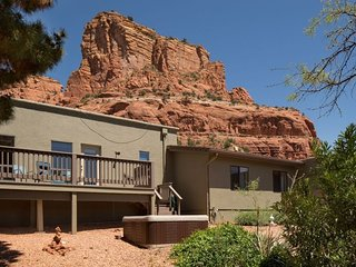 Beautiful Home with Great Views with Private Hot Tub - S049