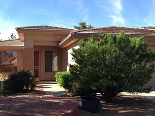 Lovely Home with Hot Tub Located in the Sedona Golf Resort Community - S014