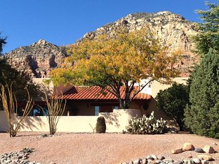 Southwest Style Home With Great Views of Thunder Mountain! S060