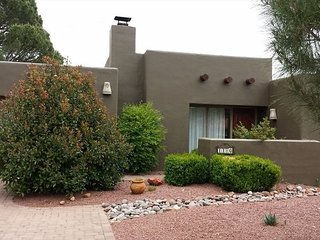 Pueblo style home offers optimal outdoor Arizona living RIMROCK - RIDE - S042