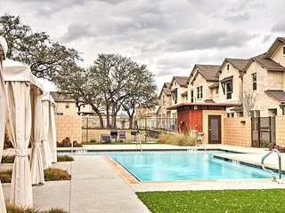 NEW! Modern 2BR Austin Townhouse w/ Pool Access!