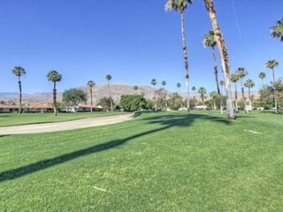 ALP101 - Rancho Las Palmas Country Club - 2 BDRM Plus DEN, 2 BA