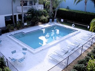 1304BDN-2A. Anna Maria Island Gorgeous 2 Bedroom First Floor Condo