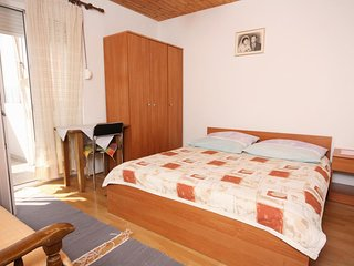 Studio flat Nemira (Omiš) (AS-6070-e)