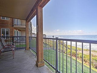 NEW! 2BR Resort Condo- Steps to Lincoln Beach!