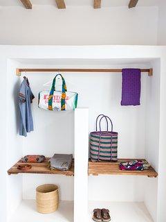 Bedroom 2 - Shelf