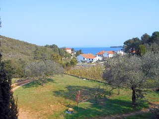 Comfortable apartment with a view, 100m2, 150m from sea