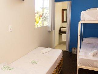 LINDA POUSADA EM UBATUBA PARA DESCANSAR! : Bedroom 6 (container)