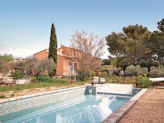 3 bedroom Villa in Merindol, Provence-Alpes-Cote d'Azur, France : ref 5539434