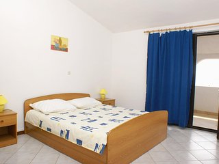 Two bedroom apartment Mandre, Pag (A-523-d)