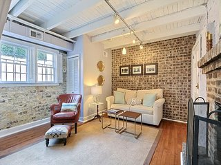 Gorgeous 1 Bedroom Apartment just steps to Chatham Square