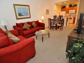 3 Bedrooms Townhouse at Villas at Seven Dwarfs only 4 miles from Disney! - DF