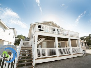 Cherry Grove Beach Cottage DOWN- Steps to the Beach! PET FRIENDLY!