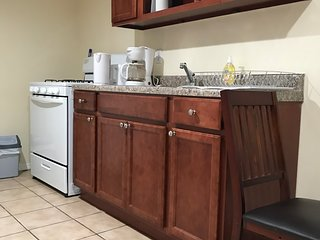 Great Fully Furnished Apartment in Brooklyn New York . 1 min to Train!!