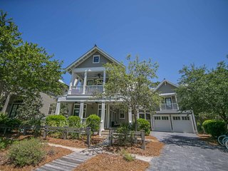 Beach Haven | 208 Bluejack St