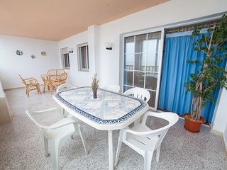 Seafront apartment in Valencia (Spain) with 3 rooms 2 baths and swimming pool...
