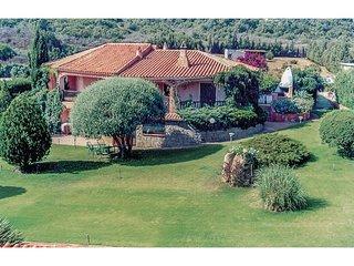3 bedroom Apartment in Cala Bitta, Sardinia, Italy : ref 5539986