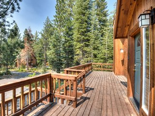 View from front deck overlooking Tahoe Donner's neighborhood