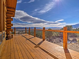 NEW! 3BR Buena Vista Log Cabin w/ Mtn. Views!