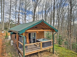NEW! Bryson City Studio Cabin w/ Hot Tub & Patio!