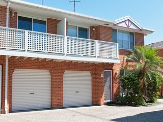 Reef Close, 3/7 - Fingal Bay, NSW