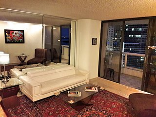 The Grand Downtown Miami - 2 Bed / 2 Bath - Awesome Water View