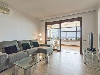 Gran apartamento con piscina y magníficas vistas