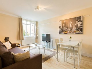 Beautiful 1BR flat in heart of Bayswater
