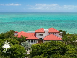 Dawn Beach Villa Private 4-5BR. Snorkel on Grace Bay Beach & Walk to Marina
