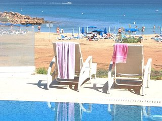 SEA DREAM - Brilliant  front  line  luxurious 4 br  Holiday Villa  Pernera Beach