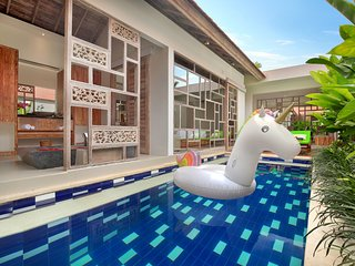 Romantic 1 Bedroom Private Pool Villa in Canggu
