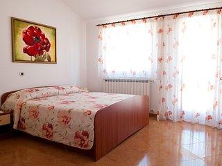 Apartment 15897