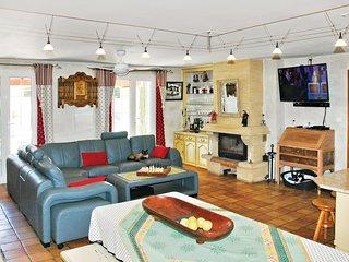 3 bedroom Villa in Boulbon, Provence-Alpes-Côte d'Azur, France : ref 5539367