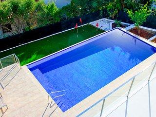 5 bedroom Villa in Son Bou, Balearic Islands, Spain : ref 5581744