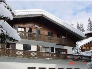 Nice apt - 50 m from the slopes