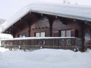 Nice chalet - 250 m from the slopes