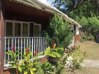 Nice bungalow near the beach & Wifi