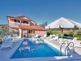 4 bedroom Villa in Brajkovići, Istria, Croatia : ref 5520431