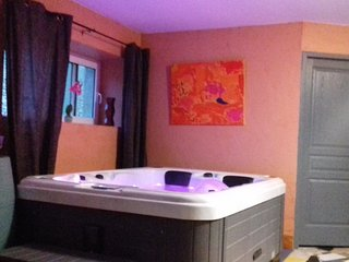 Appartement Spa jacuzzi privatif en pleine nature