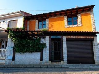 Spacious house in Chozas de Abajo