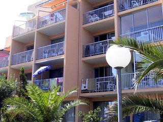 Beautiful apt near the beach
