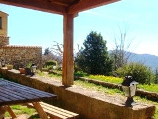 Amazing house with mountain view, holiday rental in Bugarach