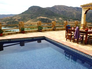 Gorgeous house w/ mountain views
